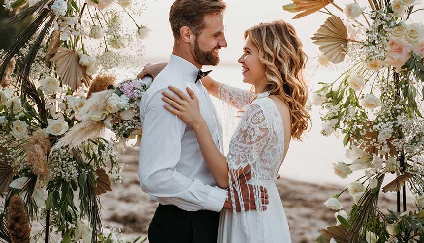 Decoração de casamento simples e linda: como fazer?